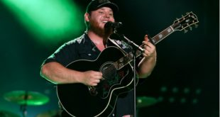 Luke Combs on stage