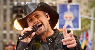 Tim McGraw Singing